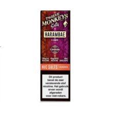 Twelve Monkeys Salts Harambae is een mix van citrusvruchten, namelijk grapefruit, citroen, limoen, bloedsinaasappel en guave. Hij wordt gemaakt in Canada. U kunt deze 50PG/50VG e-liquid in 10ml flesjes bestellen. De nicotine sterkte is 20mg/ml Nicotine Salts.