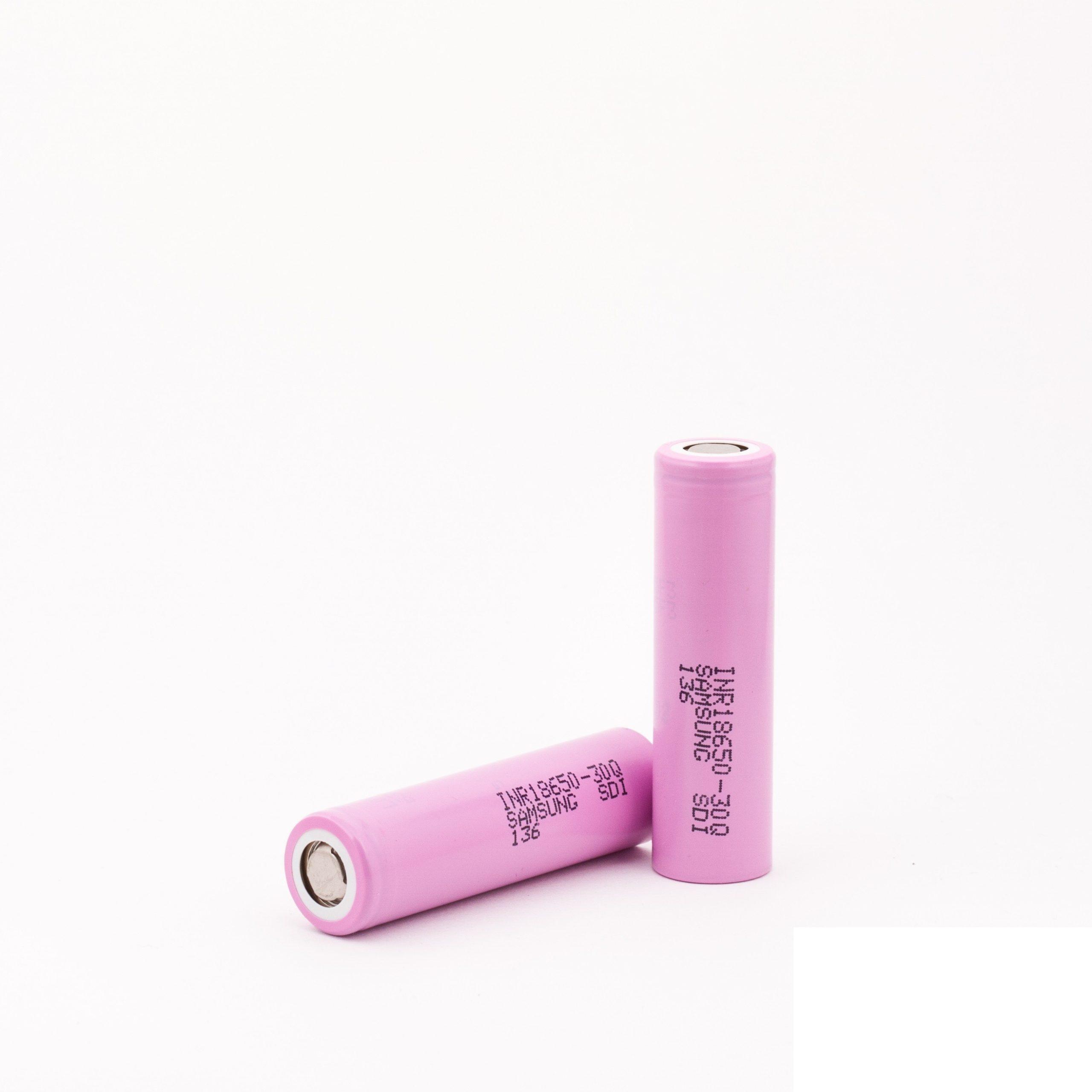 De Samsung INR 30Q 18650 is een flat top batterij met vermogen van 3000mAh en rating van 20A.